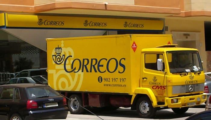Camión de reparto Correos