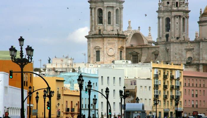 Netflix busca figurantes en Cádiz  y Sevilla para el rodaje de su nueva serie internacional