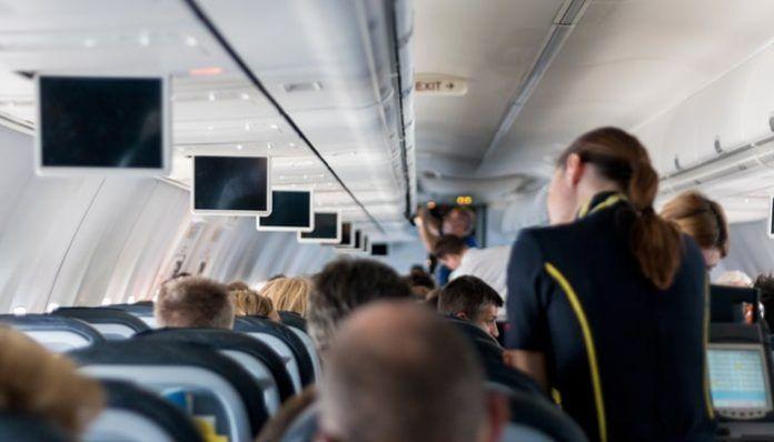 Tripulantes de cabina de pasajeros