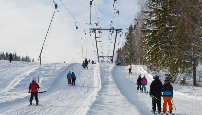 Temporada de nieve, esquí